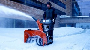 Снегоуборщики бензиновые как выбрать
