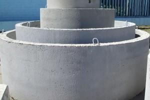 Железобетонные кольца при монтаже колодцев